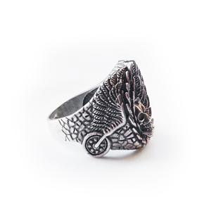 Байкерская атрибутика кольцо серебряное Череп, чернение.