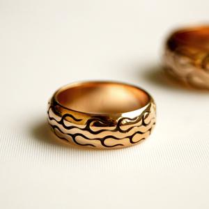 Кольцо золотое мотошина