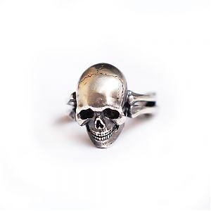 Кольцо серебряное череп, чернение.
