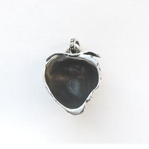 Байкерская атрибутика-Байкерская подвеска серебряная Клубника, чернение.