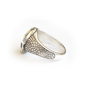 Кольцо серебряное, чернение.